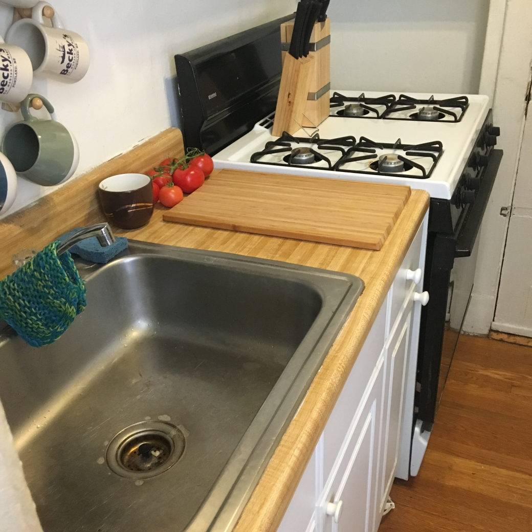 clean stove, empty sink